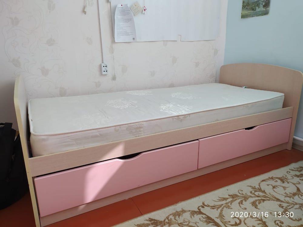 Продается детская кровать для девочки