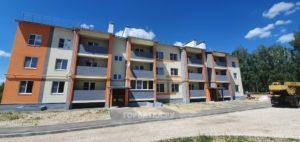 Строительство дома на улице Строителей в Красной Горбатке заканчивается в этом году