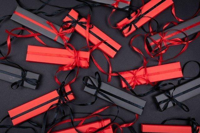 Viber и Mamba назвали самый желанный подарок на 23 февраля