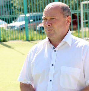 Мэр Красной Горбатки Сергей Кораблёв рассказал, что постоянно приходится бороться с вандализмом